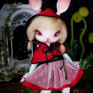Zuzu Delf TOYA - Little Red Riding Hood Limited