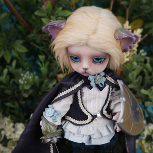 Zuzu Delf LIO - Little Briar Rose Limited