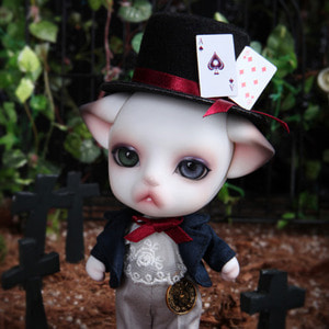 Minimi Zuzu Delf LIO- The Mad hatter Limited