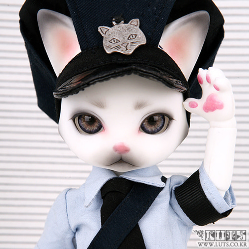 Zuzu Delf PERSI - The Police Officer Limited