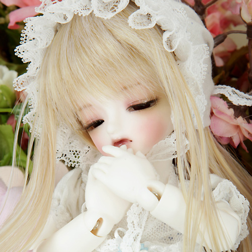 Honey Delf PUDDING DREAMING (Real Skin WHITE)