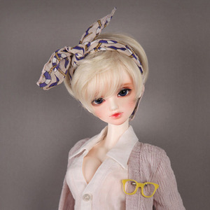 DW-211 (Soft Blond)