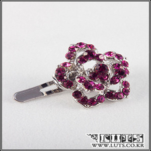 SARA ROSE MAGNET PIN (Deep Pink)