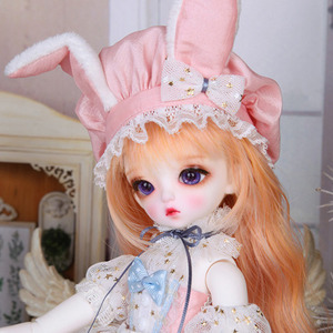 Honey Delf MADELEINE Christmas Package Limited