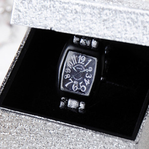 FASHION WATCH (Silver)