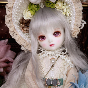 LUTS 18th Anniversary Honey Delf MURIEL Limited Package